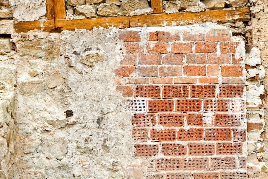 Altes Mauerwerk © Jürgen Fälchle, stock.adobe.com