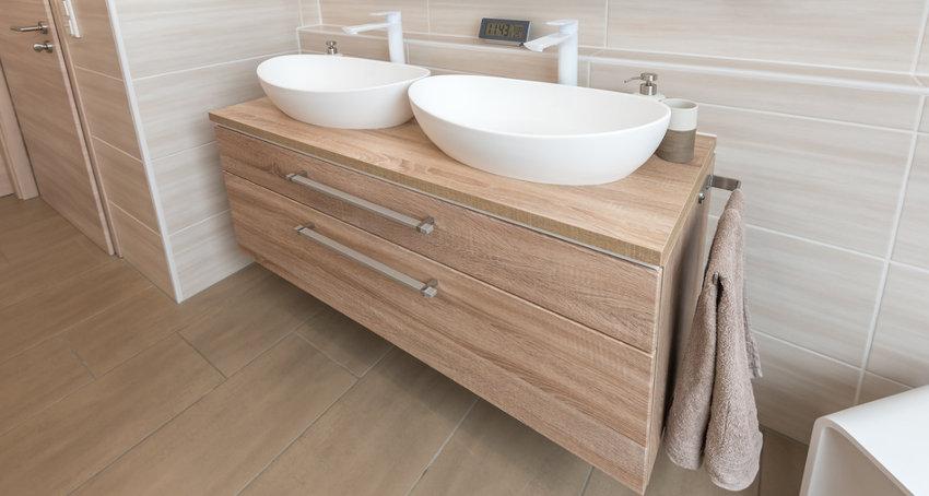Badezimmer mit Aufsatzwaschbecken © schulzfoto, fotolia.com