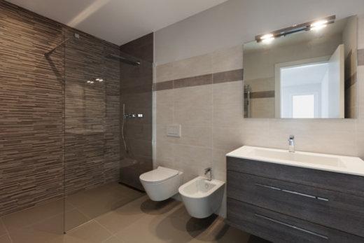 Bodengleiche Dusche: Wanne oder Fliesen