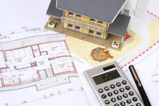 Bauplan Haus Rechner © Marina Lohrbach, fotolia.com
