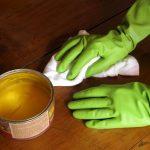 Holzboden auffrischen ohne zu schleifen: 5 Tipps und Tricks