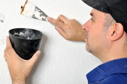Bohrloch zuspachteln © Dan Race, fotolia.com