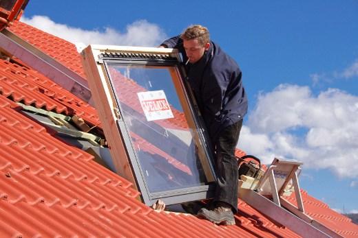 Einbau von Dachfenstern