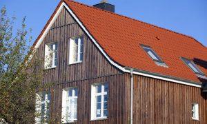 Fassade mit Holz verkleiden