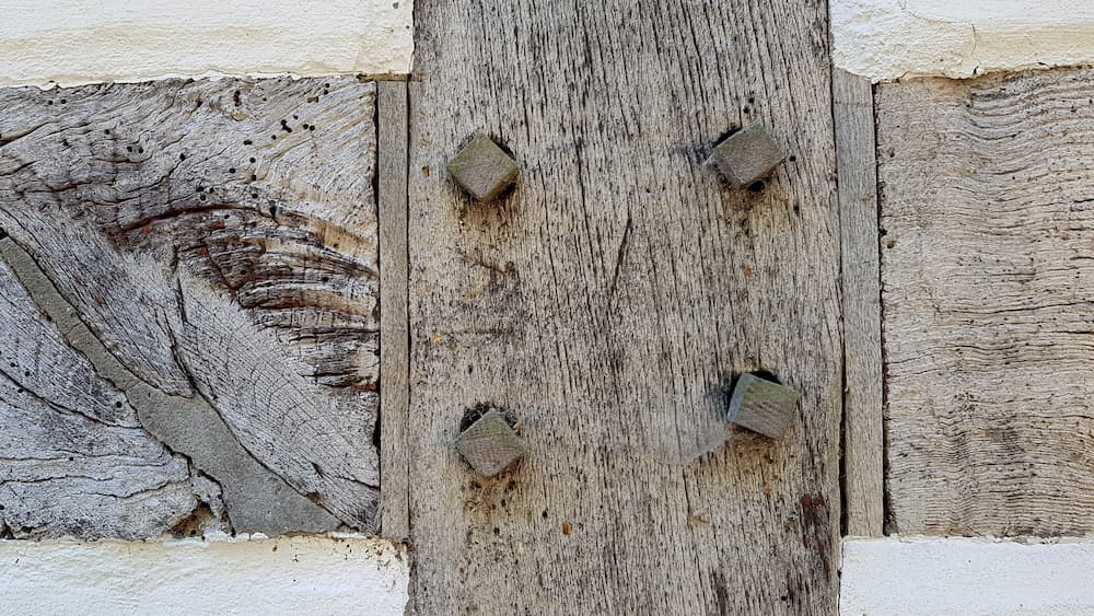 Fachwerk Holzverbindungen © Konrad Weiss, stock.adobe.com