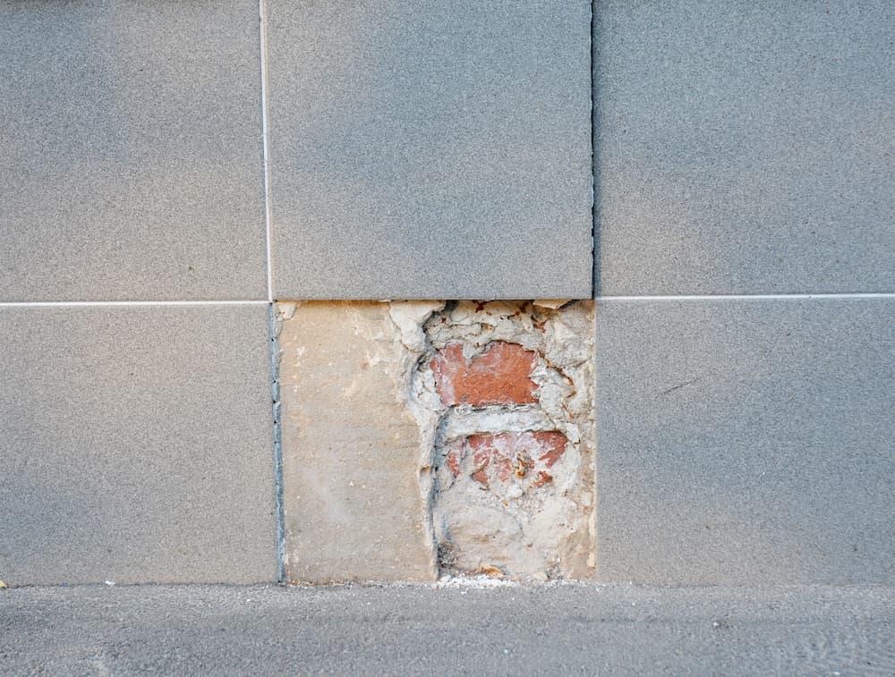 Fliesen austauschen © bildlove, stock.adobe.com