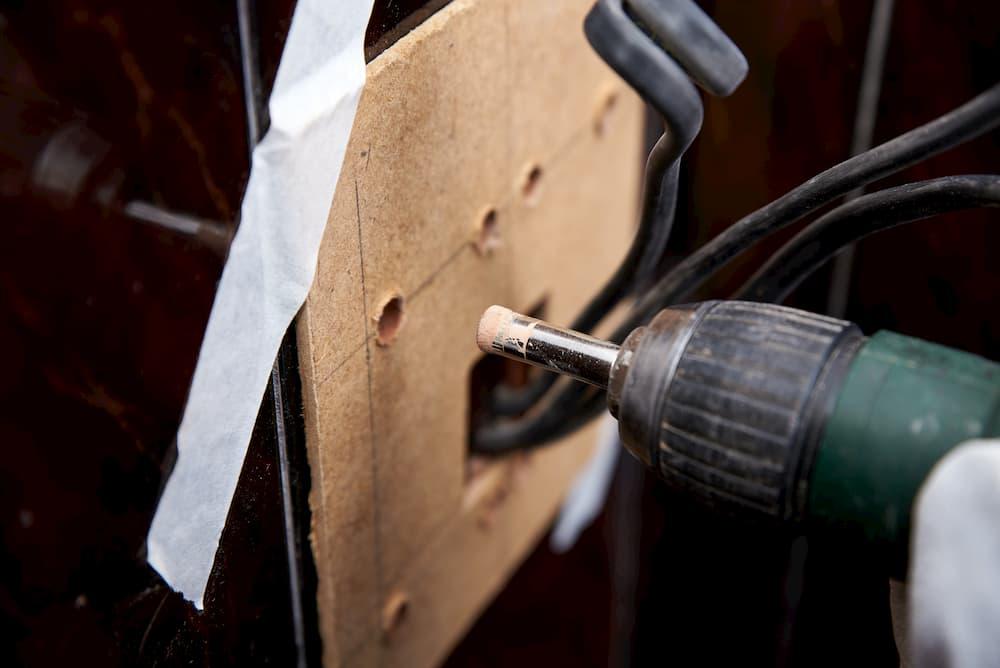 Bohren in Fliesen © dvoinik, stock.adobe.com