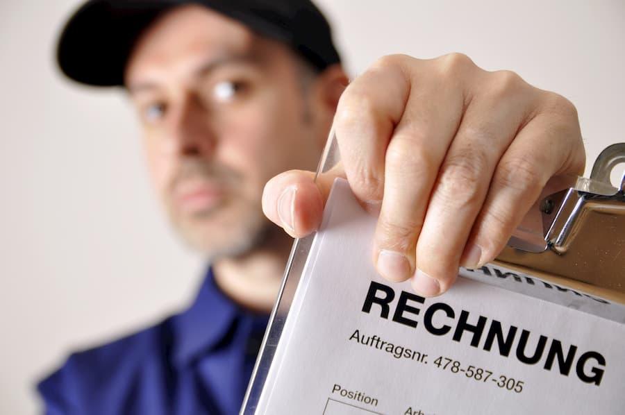 Handwerker Rechnung © Dan Race, stock.adobe.com