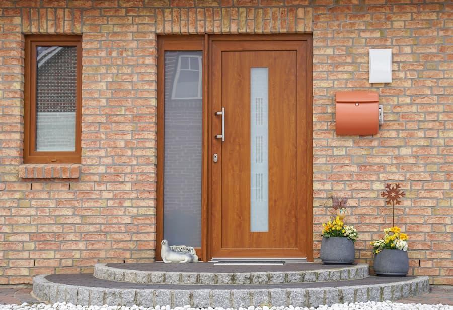 Haustür aus Holz © GM Photography, stock.adobe.com