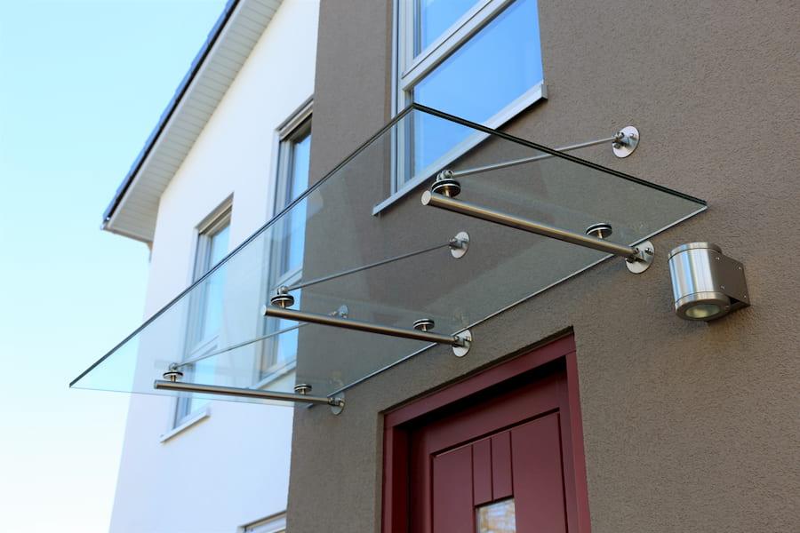 Hervorragend Das Vordach für die Haustür: Anforderungen, Material und Gestaltung FD35