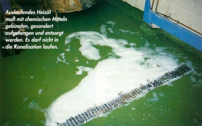 Hochwasser Heizöl ausgelaufen © Heinz Kerp