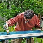 Holz im Innenbereich: wirksame Holzschutz- und Holzpflegemittel