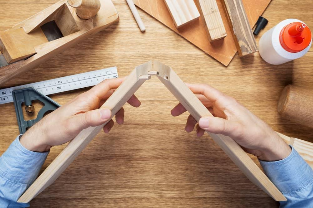 Holzverbindung kleben © donatas1205, stock.adobe.com