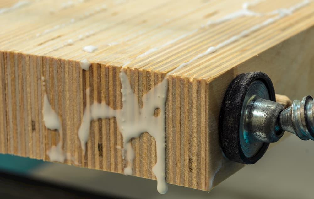 Holz verleimen © sergey0506, stock.adobe.com