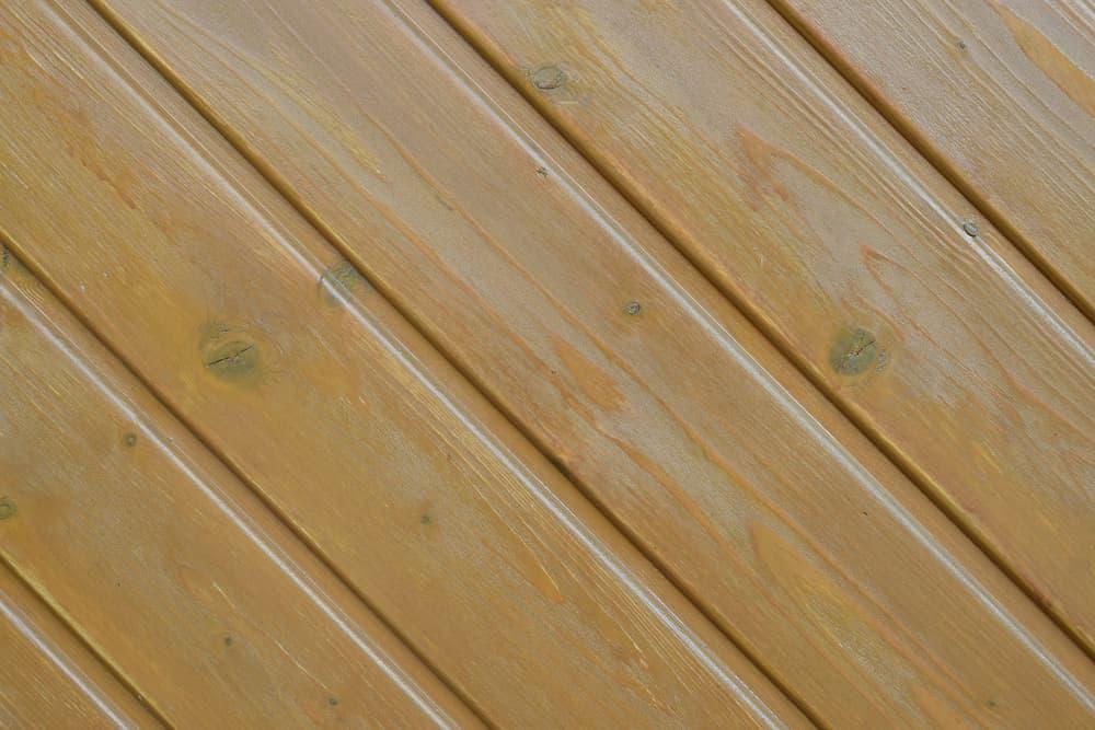Holzverkleidung aus Fichtenholz © KraFoto , stock.adobe.com