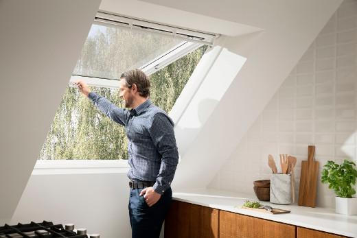 Klapp-Schwingfenster © VELUX Deutschland GmbH