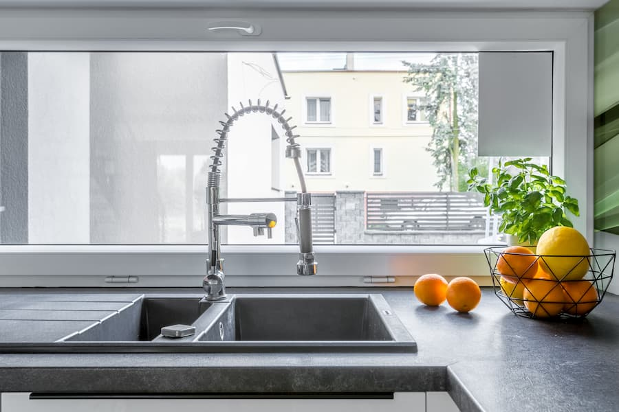 Multifunktionale Küchenspüle © Dariusz Jarzabek, stock.adobe.com
