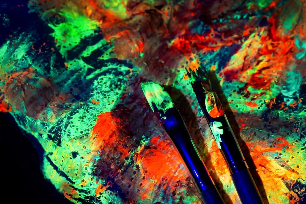 Leuchtfarben © devmaryam, stock.adobe.com