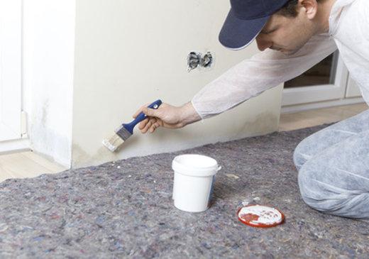 Maler bei der Arbeit © pfluegler-photo, fotolia.com