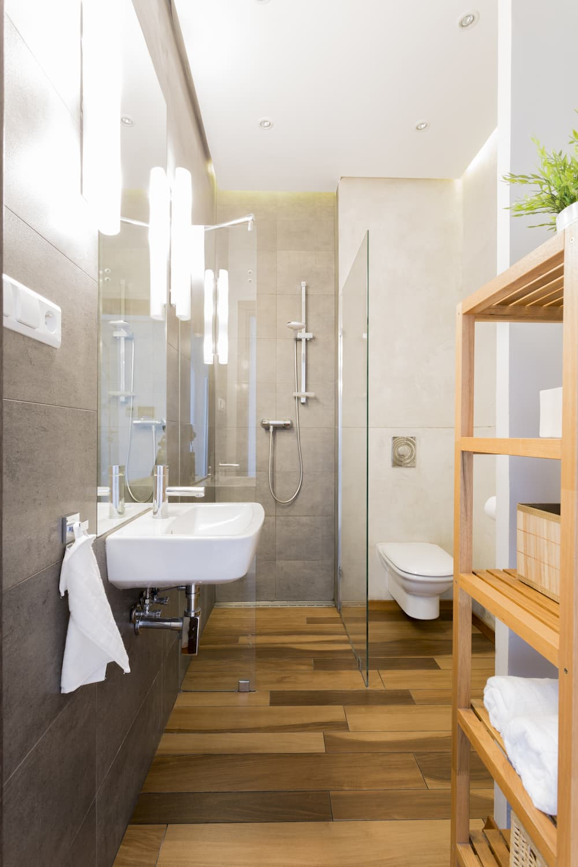 Modernes Schlauchbad © photographee.eu, stock.adobe.com