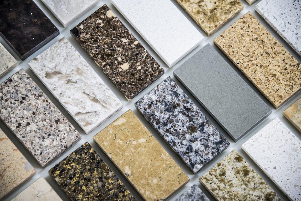 Natursteine: Sand, Quarz und Granit © StudioDin, stock.adobe.com