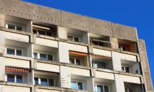 Auskragende Betonplatte