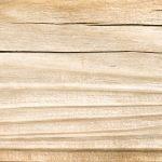 Schäden in Holzoberflächen ausbessern