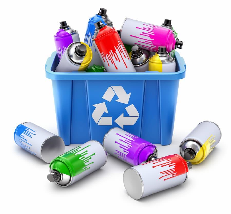 Spraydosen entsorgen © mipan, stock.adobe.com