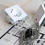 Steckdosen und Schalter © maho, fotolia.com