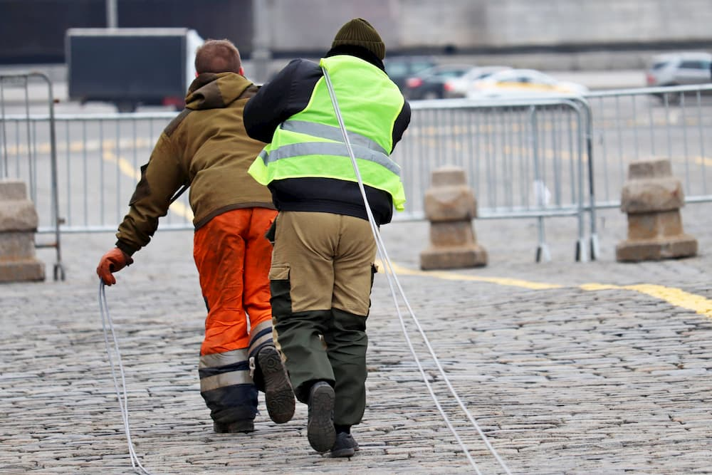 Stromkabel verlegen © Oleg, stock.adobe.com