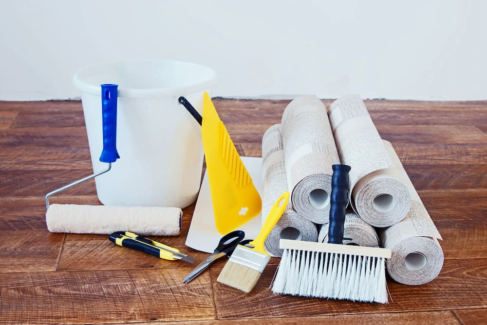 Werkzeug zum Tapezieren © Alex Po, stock.adobe.com