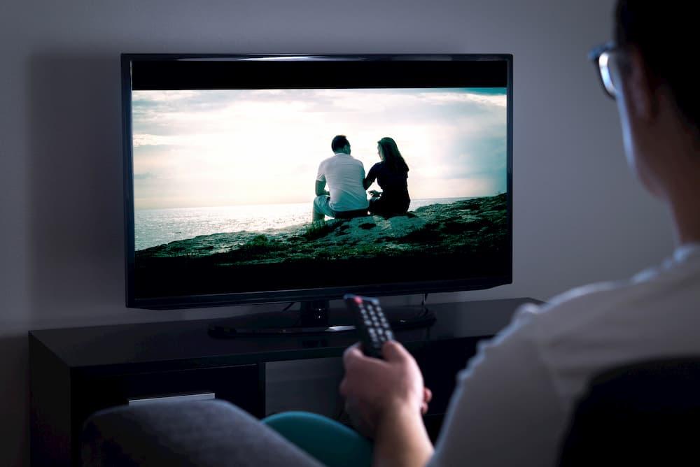 Fernseher © terovesalainen, stock.adobe.com