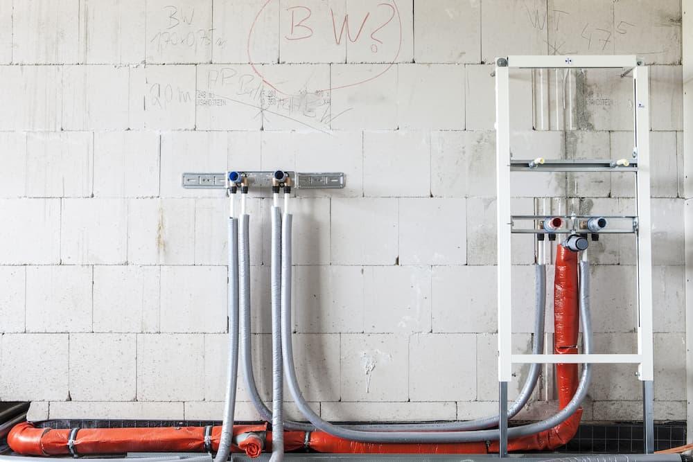 WC Vorwandelement © Matthias Buehner, stock.adobe.com