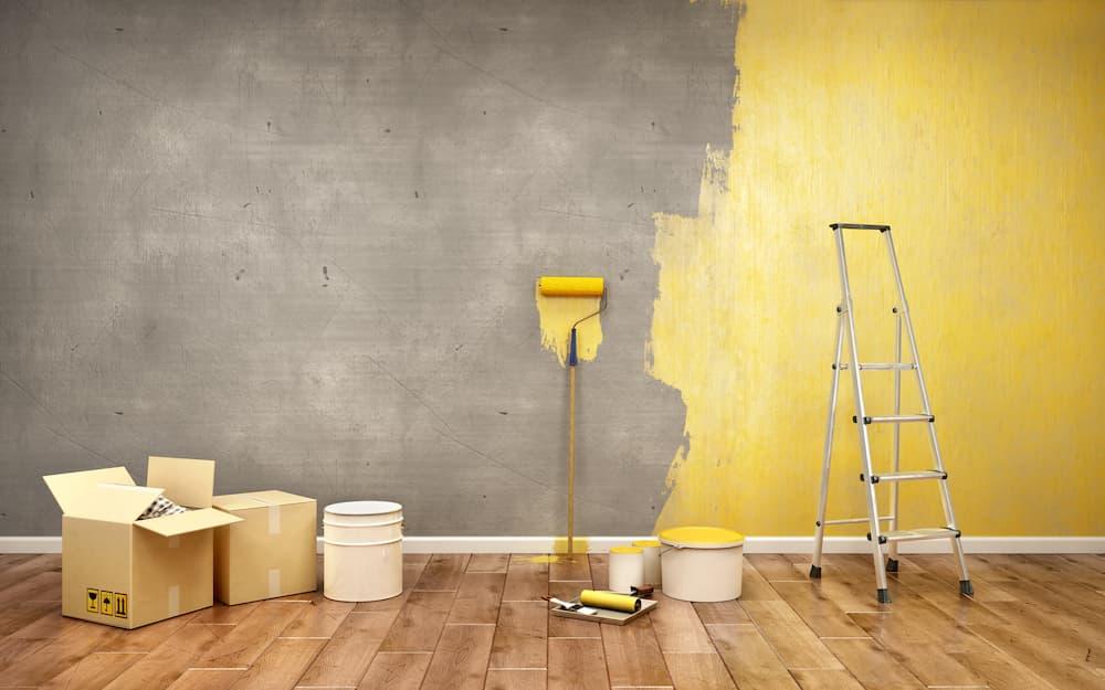 Wand gelb streichen © sveta, stock.adobe.com