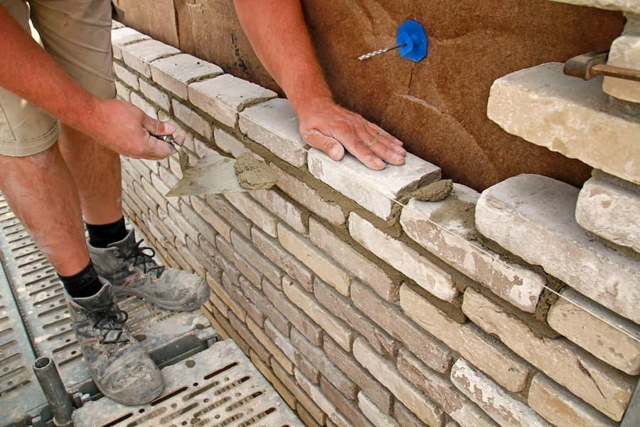 Zweischaliges Mauerwerk © Kara, stock.adobe.com