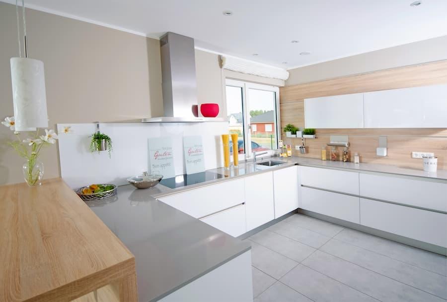 Eckschränke Küche: Mit praktischen Schränken die Ecken ...